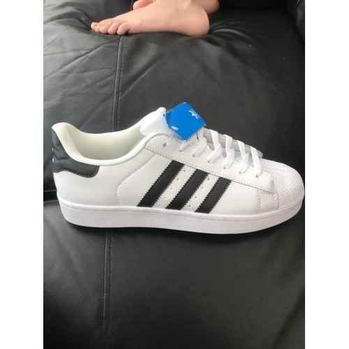 mens size 9 adidas trainers
